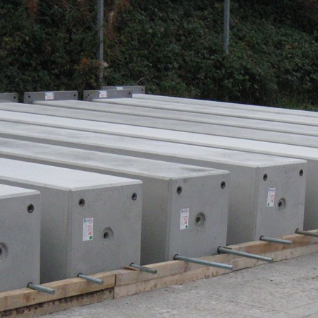 precast concrete columns and beams